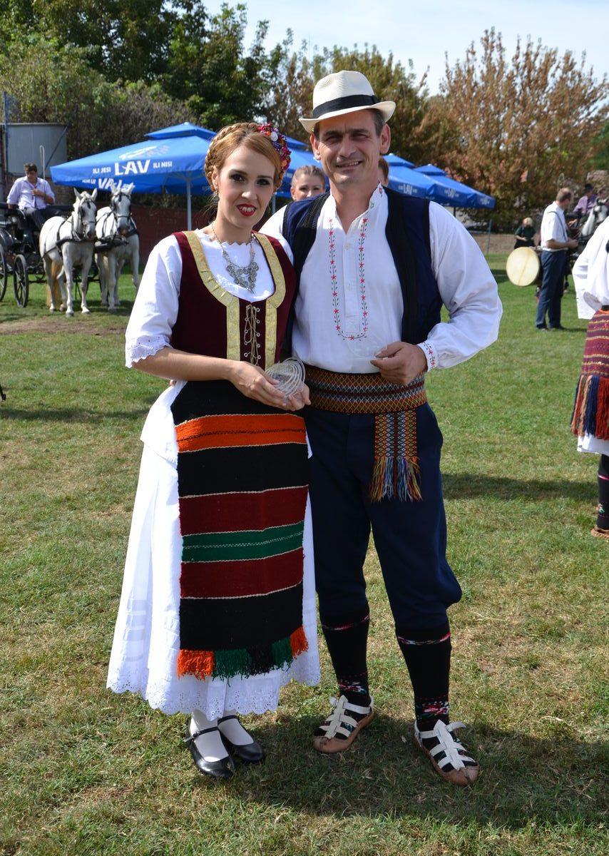 Folklorni_festival_RAVNICA_KUD_NERA_Novi_SadDSC_0373