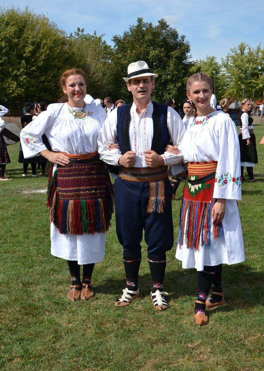 Folklorni_festival_RAVNICA_KUD_NERA_Novi_SadDSC_0375
