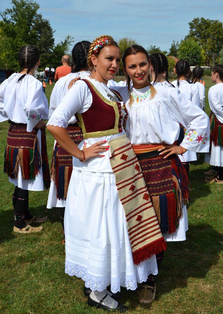 Folklorni_festival_RAVNICA_KUD_NERA_Novi_SadDSC_0377