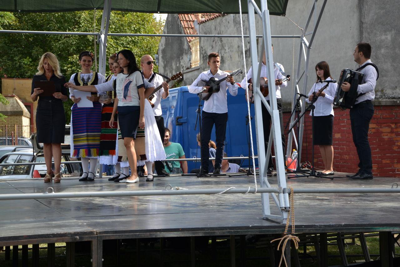 Folklorni_festival_RAVNICA_KUD_NERA_Novi_SadDSC_0383