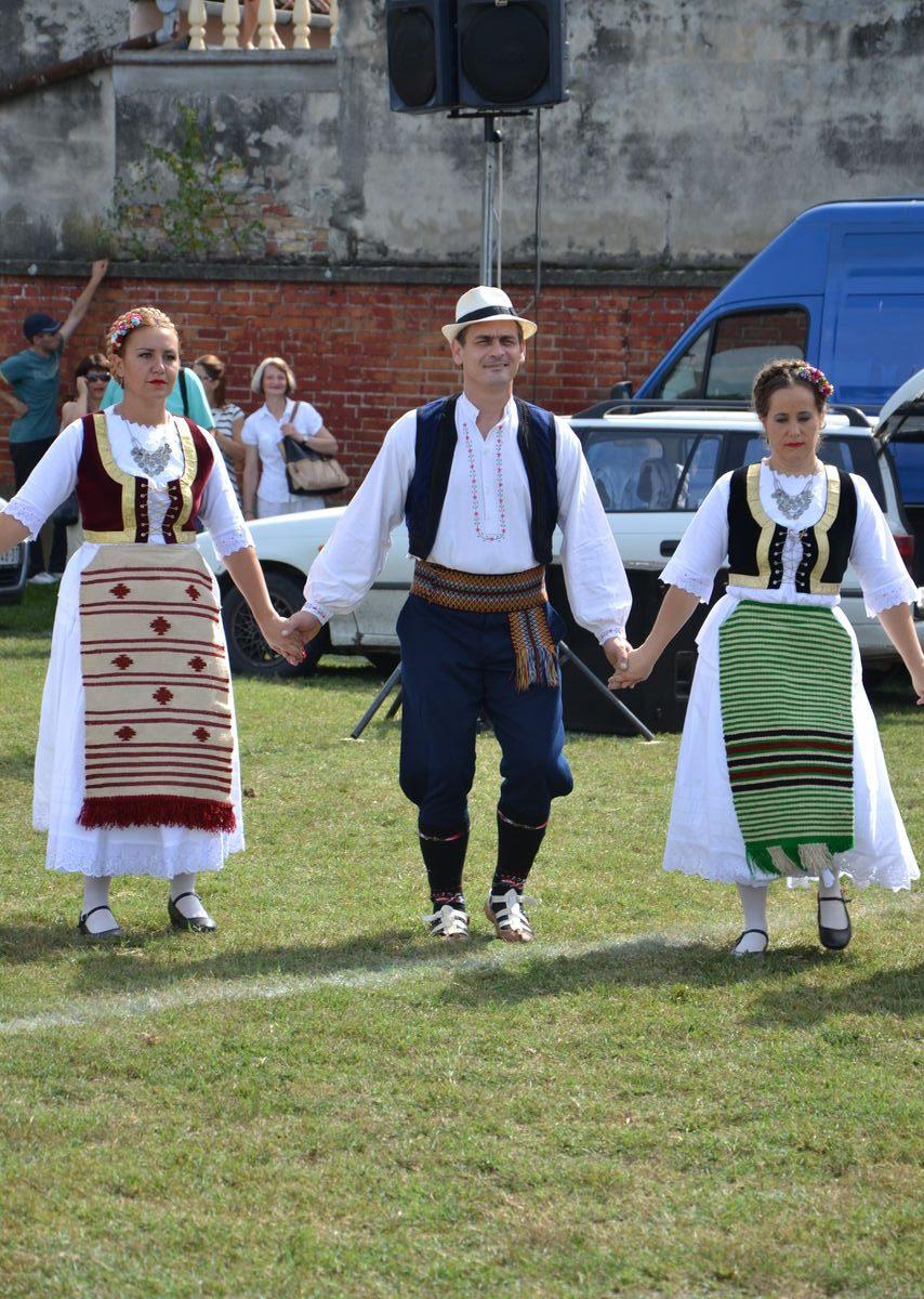 Folklorni_festival_RAVNICA_KUD_NERA_Novi_SadDSC_0398
