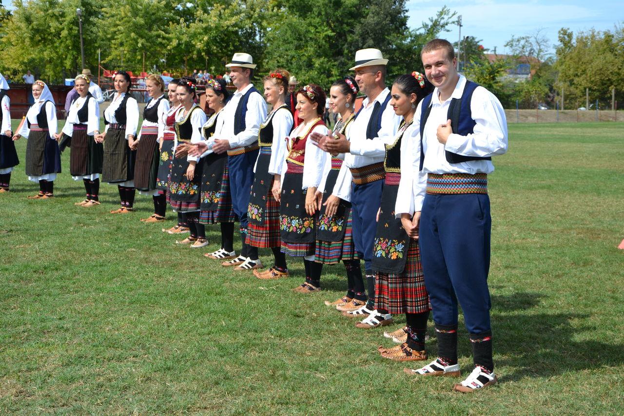 Folklorni_festival_RAVNICA_KUD_NERA_Novi_SadDSC_0404