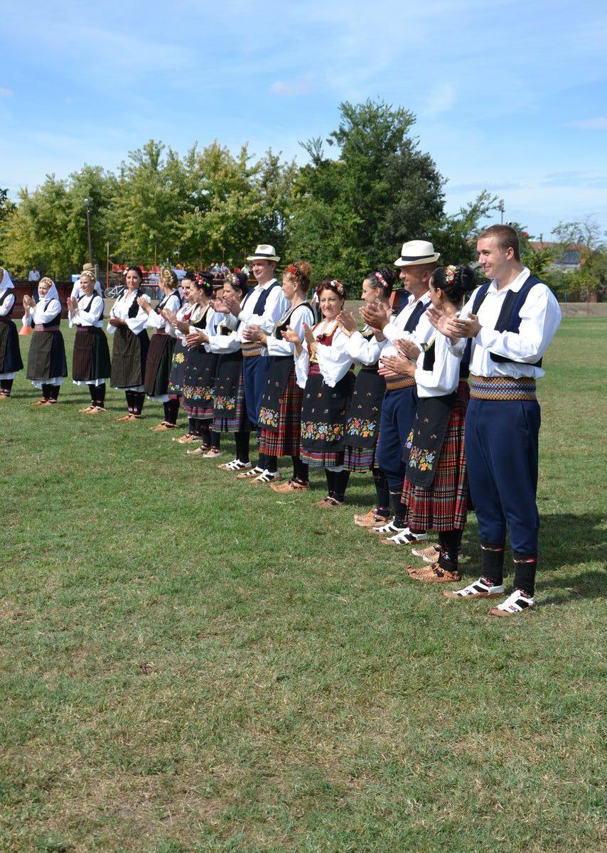 Folklorni_festival_RAVNICA_KUD_NERA_Novi_SadDSC_0405