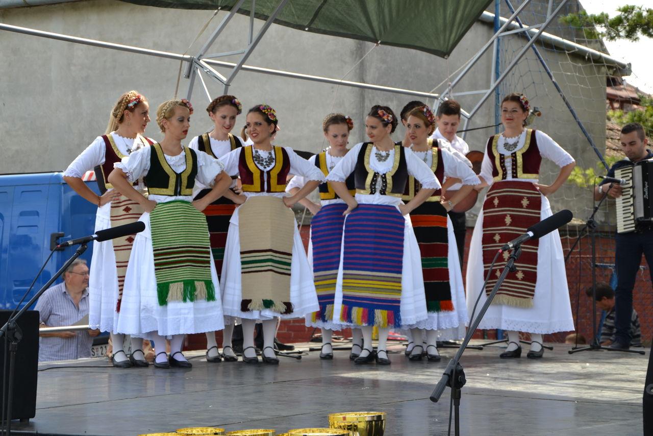 Folklorni_festival_RAVNICA_KUD_NERA_Novi_SadDSC_0416