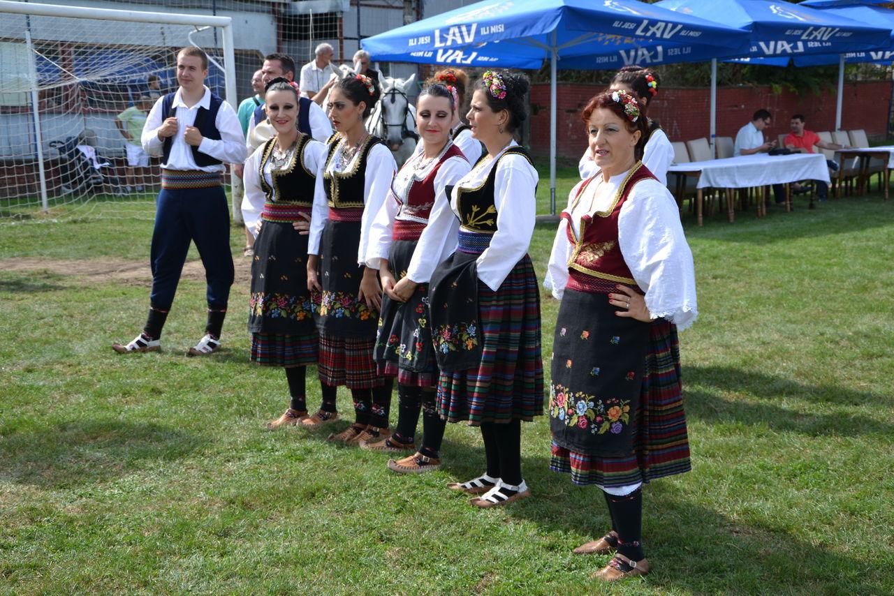 Folklorni_festival_RAVNICA_KUD_NERA_Novi_SadDSC_0426