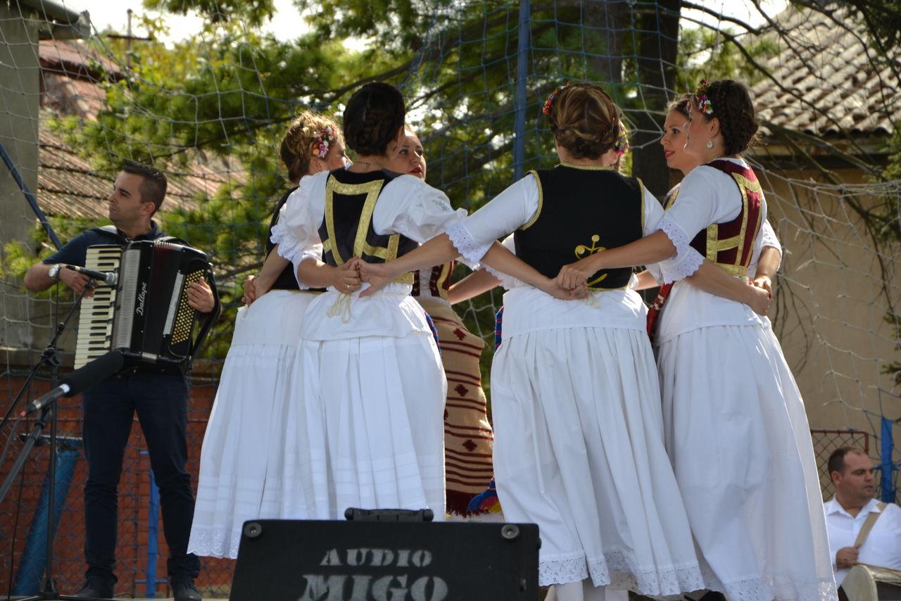 Folklorni_festival_RAVNICA_KUD_NERA_Novi_SadDSC_0428