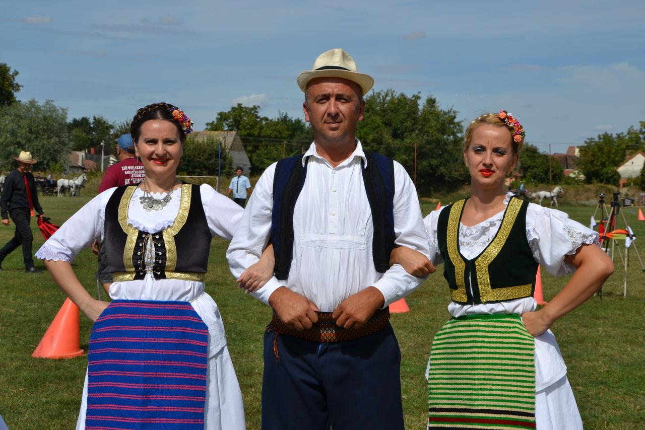 Folklorni_festival_RAVNICA_KUD_NERA_Novi_SadDSC_0446