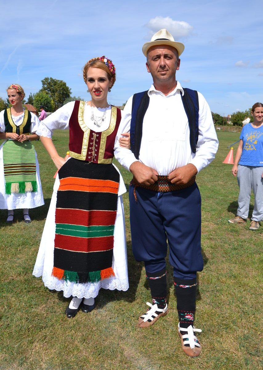 Folklorni_festival_RAVNICA_KUD_NERA_Novi_SadDSC_0448
