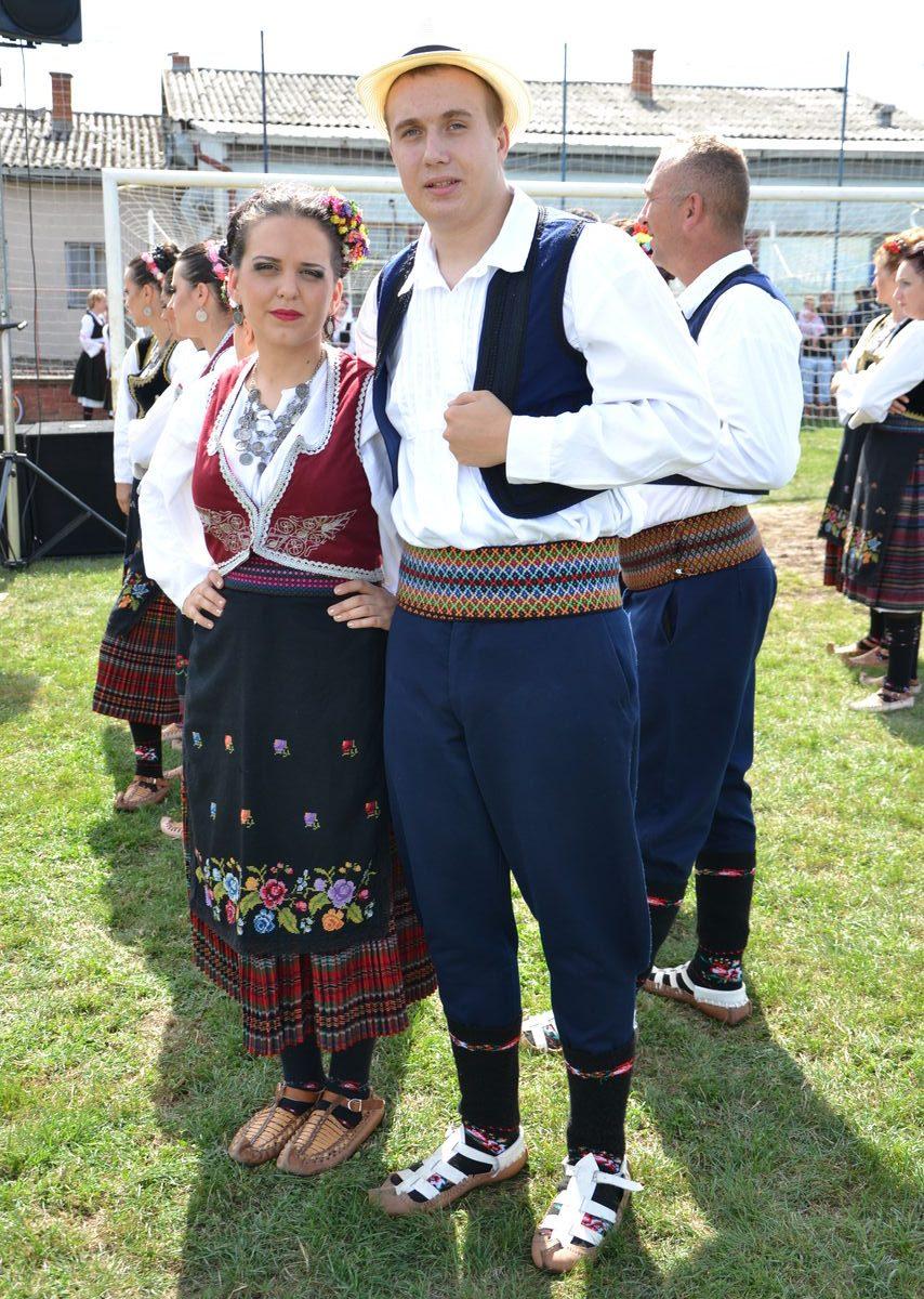 Folklorni_festival_RAVNICA_KUD_NERA_Novi_SadDSC_0458