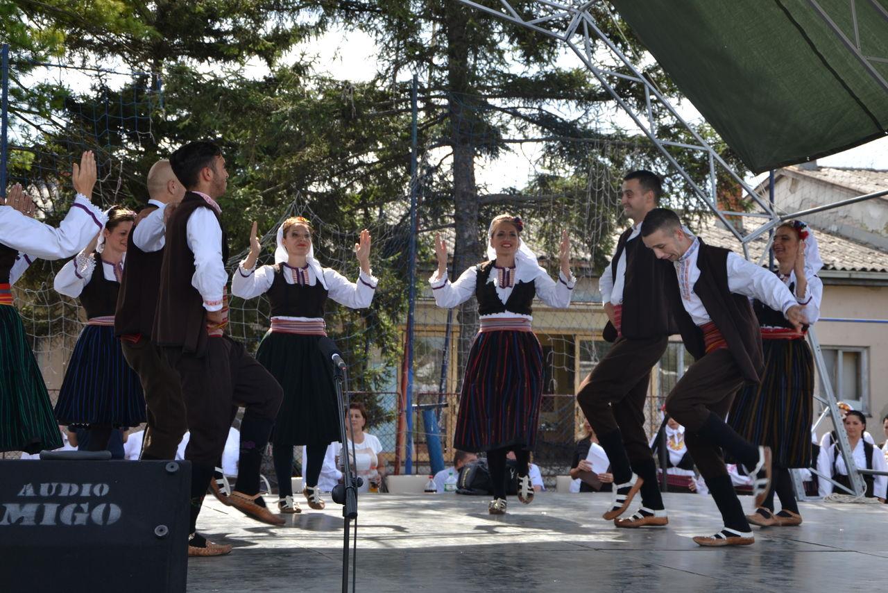 Folklorni_festival_RAVNICA_KUD_NERA_Novi_SadDSC_0468
