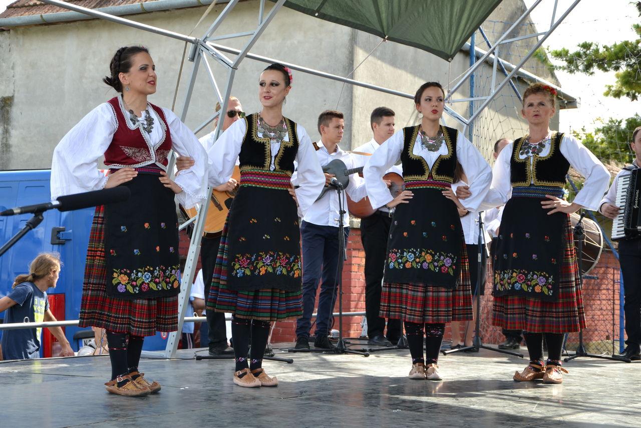 Folklorni_festival_RAVNICA_KUD_NERA_Novi_SadDSC_0514