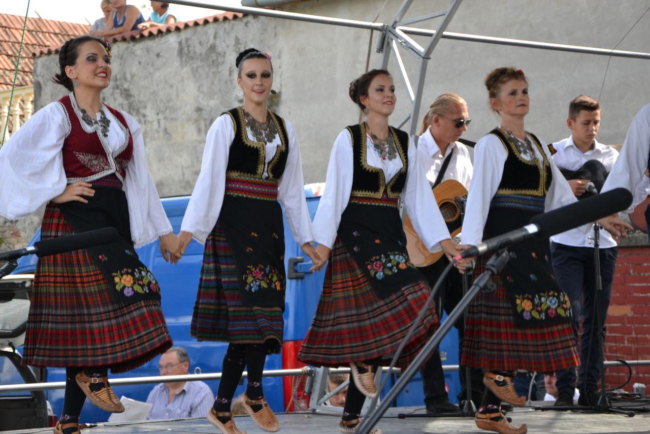 Folklorni_festival_RAVNICA_KUD_NERA_Novi_SadDSC_0547