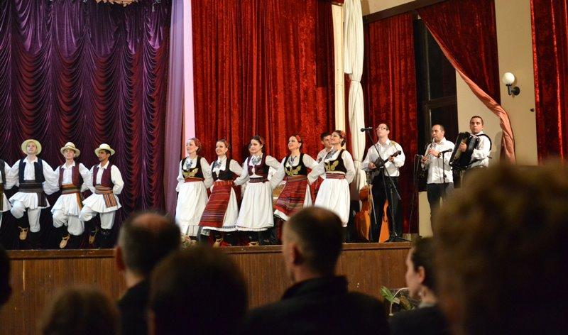KUD _Nera_ nastup despotovo2-KUD Nera Novi Sad folklor