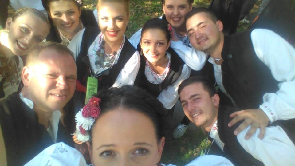 ginis2015-KUD Nera Novi Sad folklor